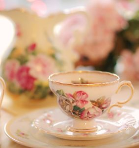 High tea - Flowers & Friends
